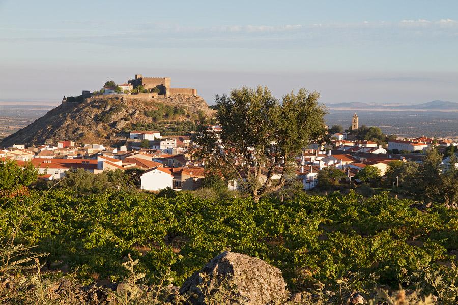 Montánchez met het Moorse fort